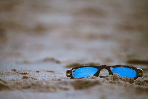 Бесплатное стоковое фото с глубина резкости, индия, очки, песок