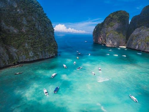 Foto profissional grátis de água, baía, barcos, cenário