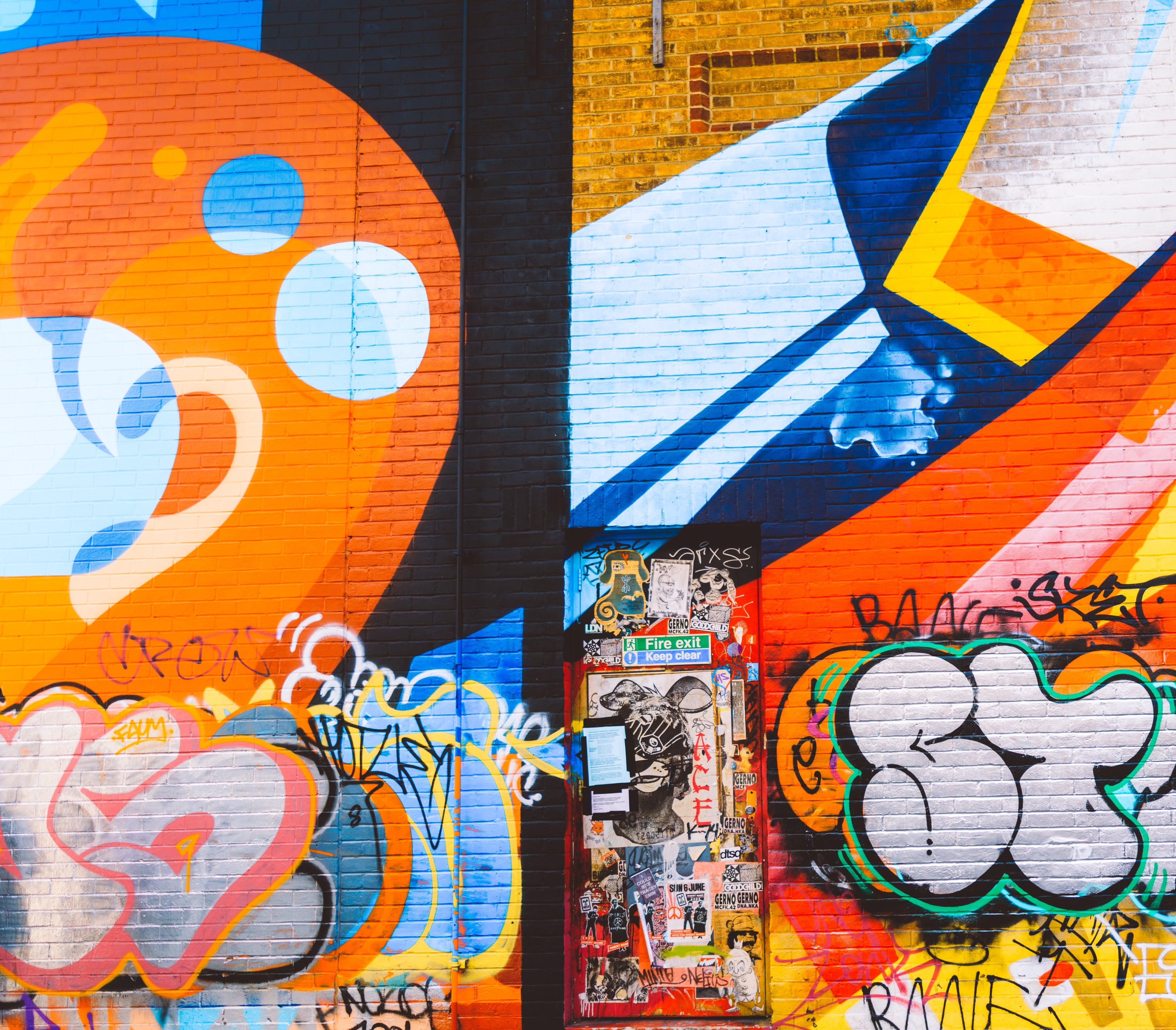 Kostenloses Stock Foto zu graffiti, irre, kunst, malerei