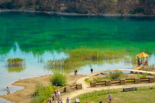 Fotobanka sbezplatnými fotkami na tému azúrová zelená, zelené jazero