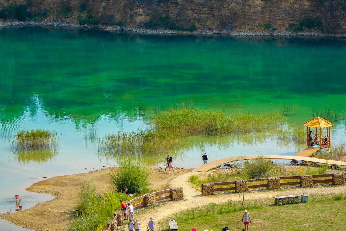 danau hijau, hijau biru