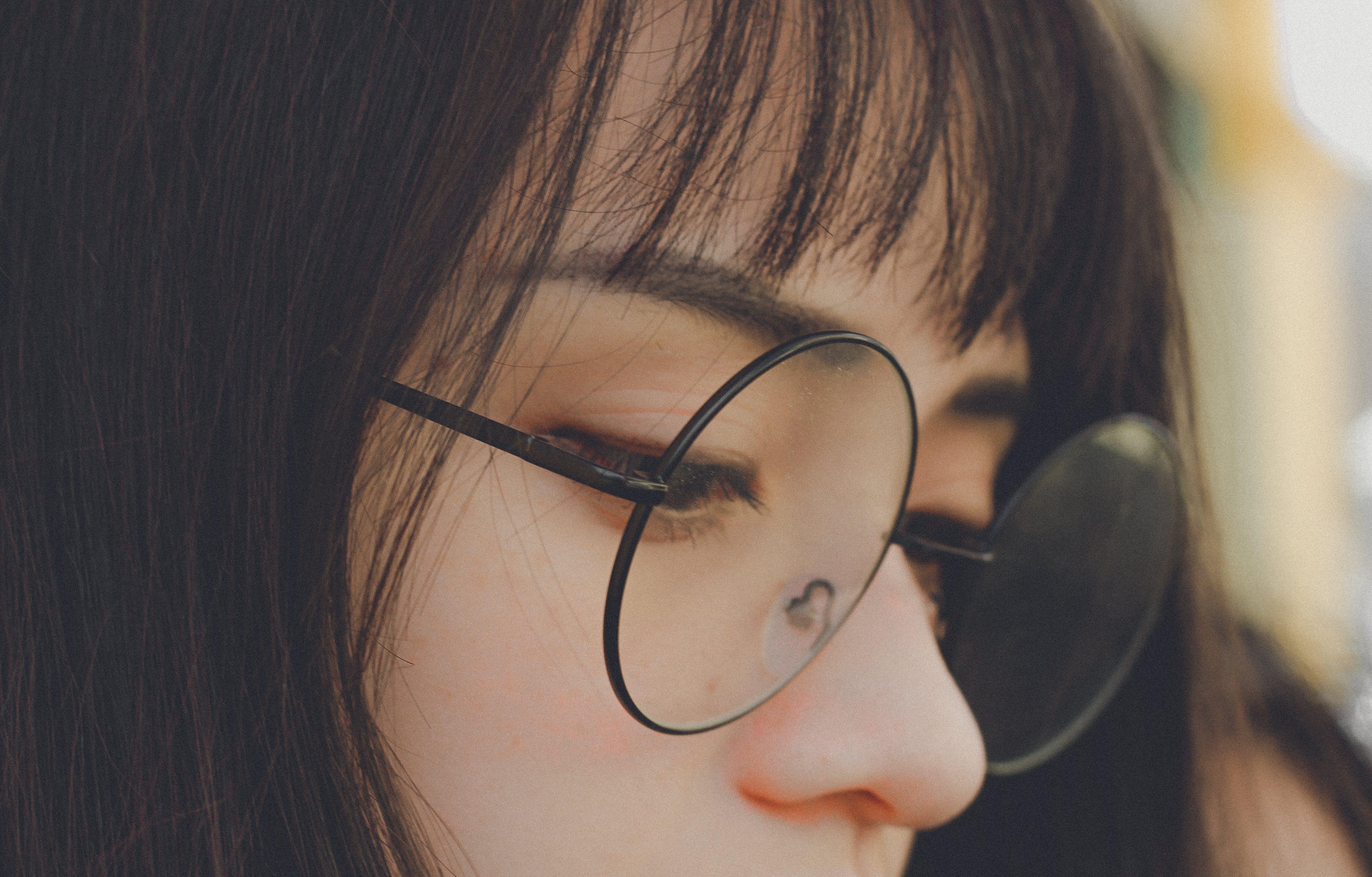 Foto d'estoc gratuïta de bonic, cabell, concentrar-se, desenfocament
