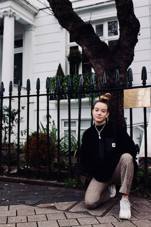 Fotos de stock gratuitas de calle, desgaste, hembra, Inglaterra