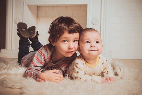 Foto d'estoc gratuïta de bebè, bufó, descendència, família