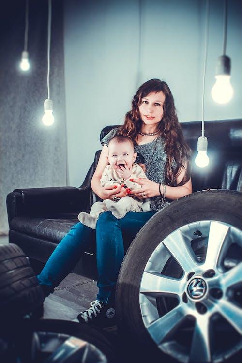 Fotobanka sbezplatnými fotkami na tému bábätko, batoľa, mama, rodič