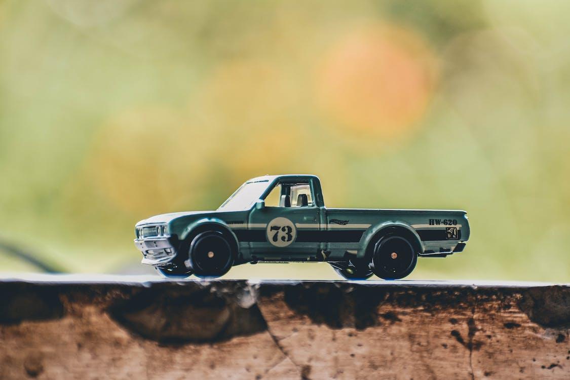 おもちゃ, おもちゃのトラック, おもちゃの車