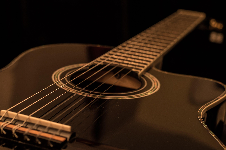 Foto profissional grátis de close, instrumento de cordas, instrumento musical, madeira