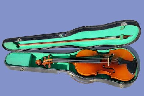 Fotobanka sbezplatnými fotkami na tému hudobný nástroj, husle, strunový nástroj