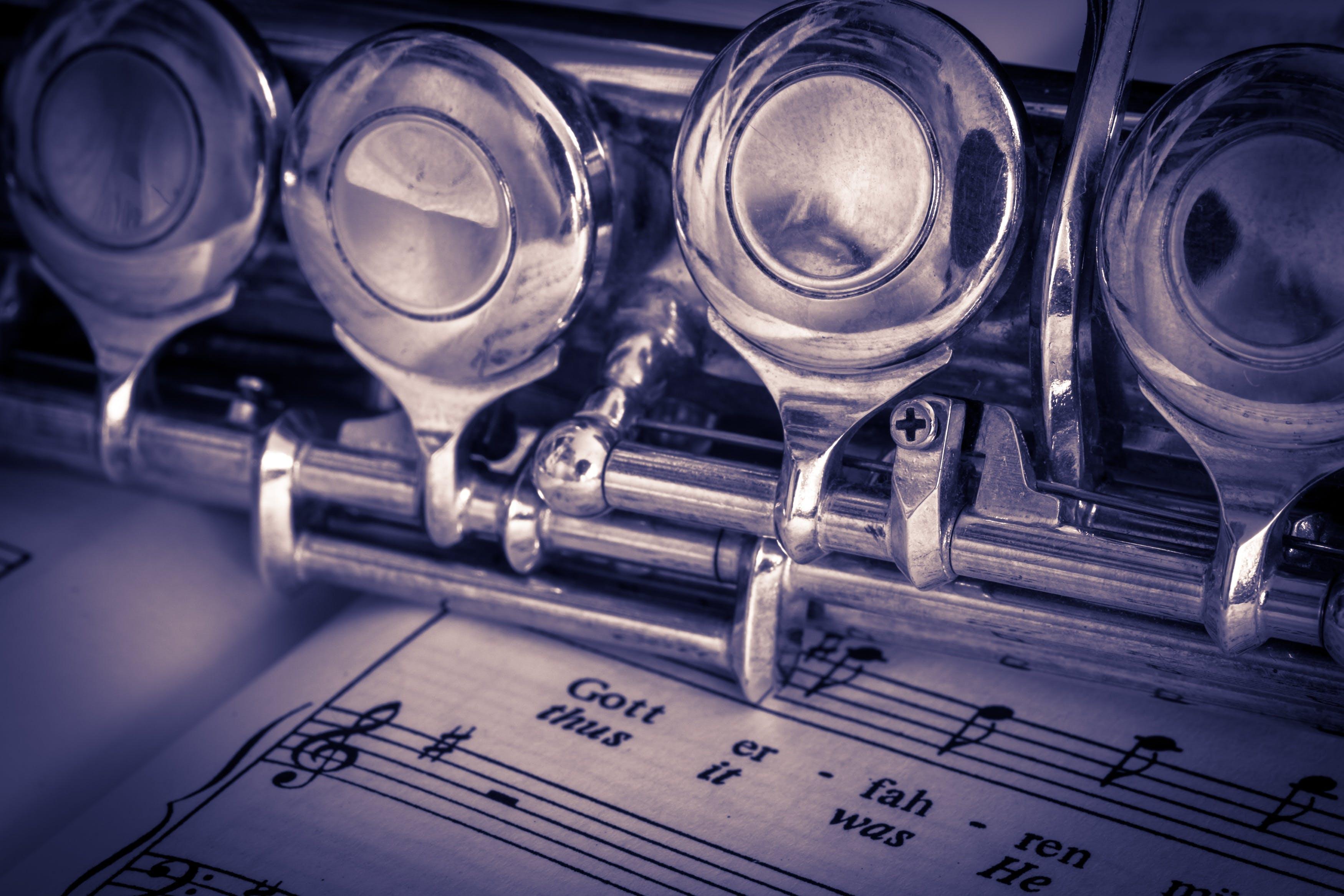 chrome, müzik, müzik aleti, müzik notasyonları içeren Ücretsiz stok fotoğraf
