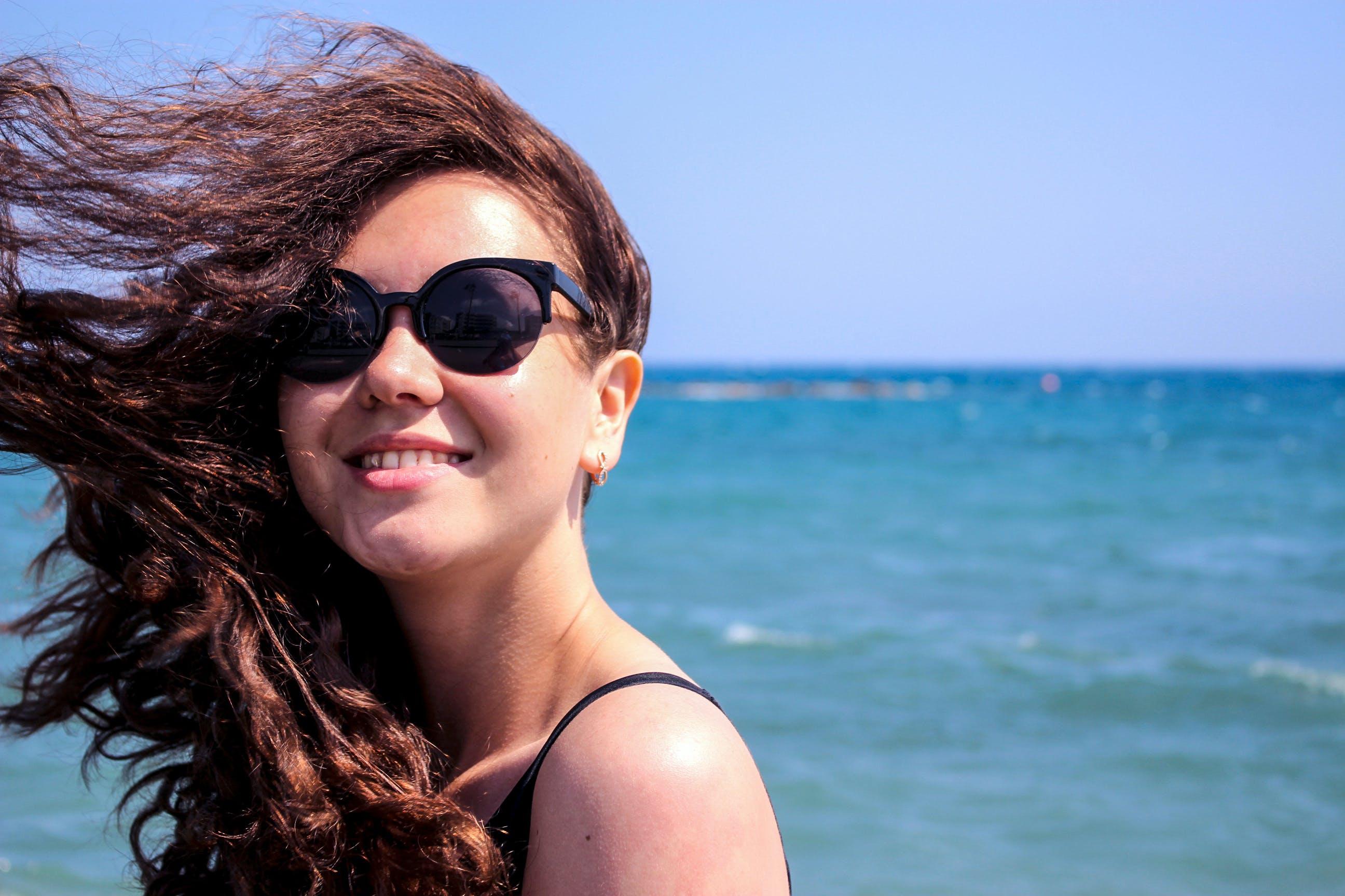 Fotos de stock gratuitas de cabello, chica, concentrarse, disfrute
