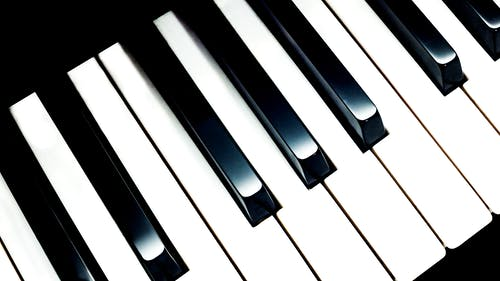 250 Engaging Piano Photos Pexels Free Stock Photos