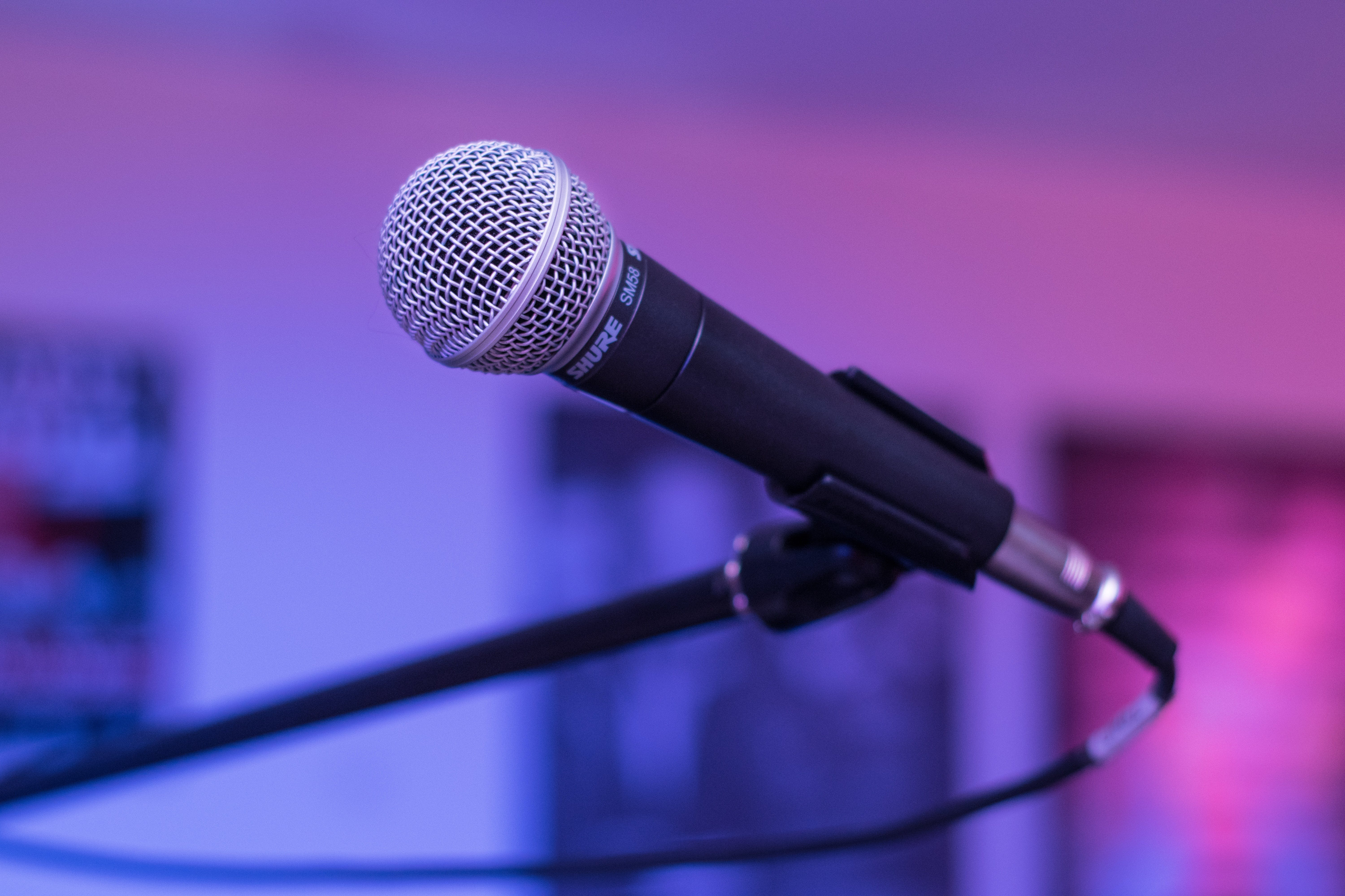 Shallow Focus Photography of Black Microphone \
