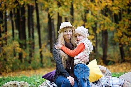 Gratis lagerfoto af barn, familie, folk, kvinde
