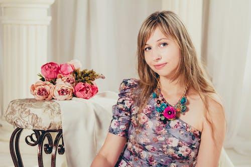 Gratis stockfoto met aantrekkelijk mooi, charmant, fashion, iemand