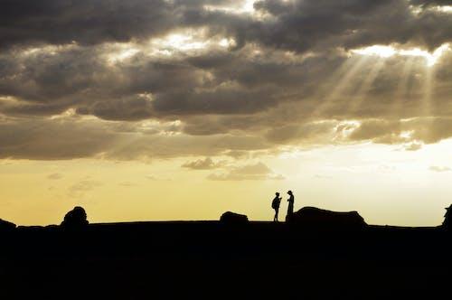 Ảnh lưu trữ miễn phí về bầu trời, bóng, cặp vợ chồng, cùng với nhau
