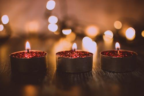 Kostenloses Stock Foto zu beleuchtet, bokeh, candlelights, dekoration