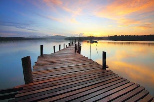 Darmowe zdjęcie z galerii z chodnik, dok, drewniany, jezioro
