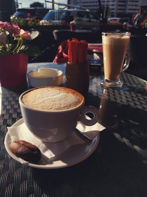 Foto stok gratis cangkir, cappuccino, espreso, kafe