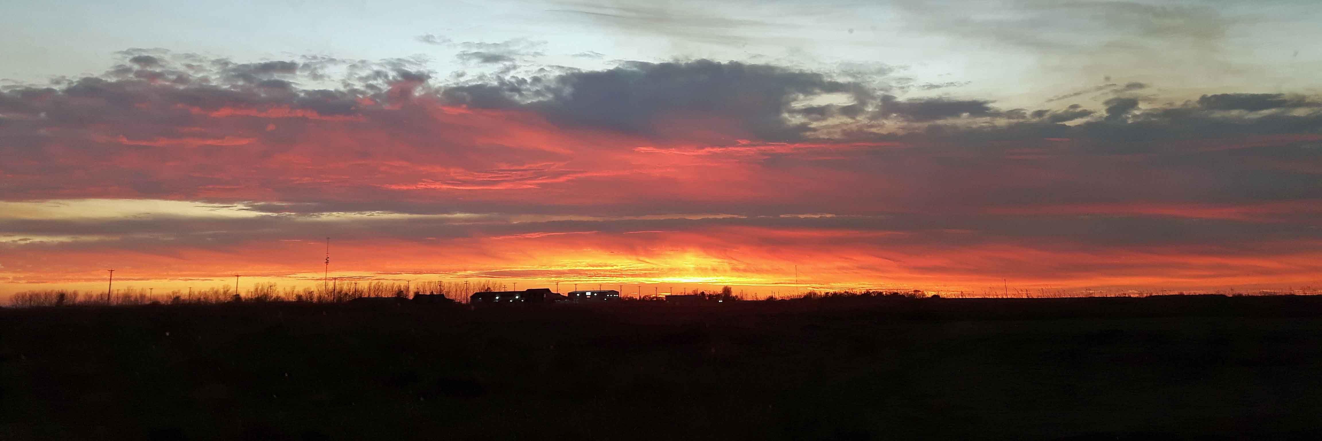 Free stock photo of evening sun, prairie sky, sun, sunset