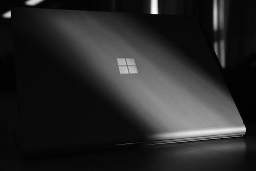 Foto stok gratis komputer microsoft, laptop, surfacebook2