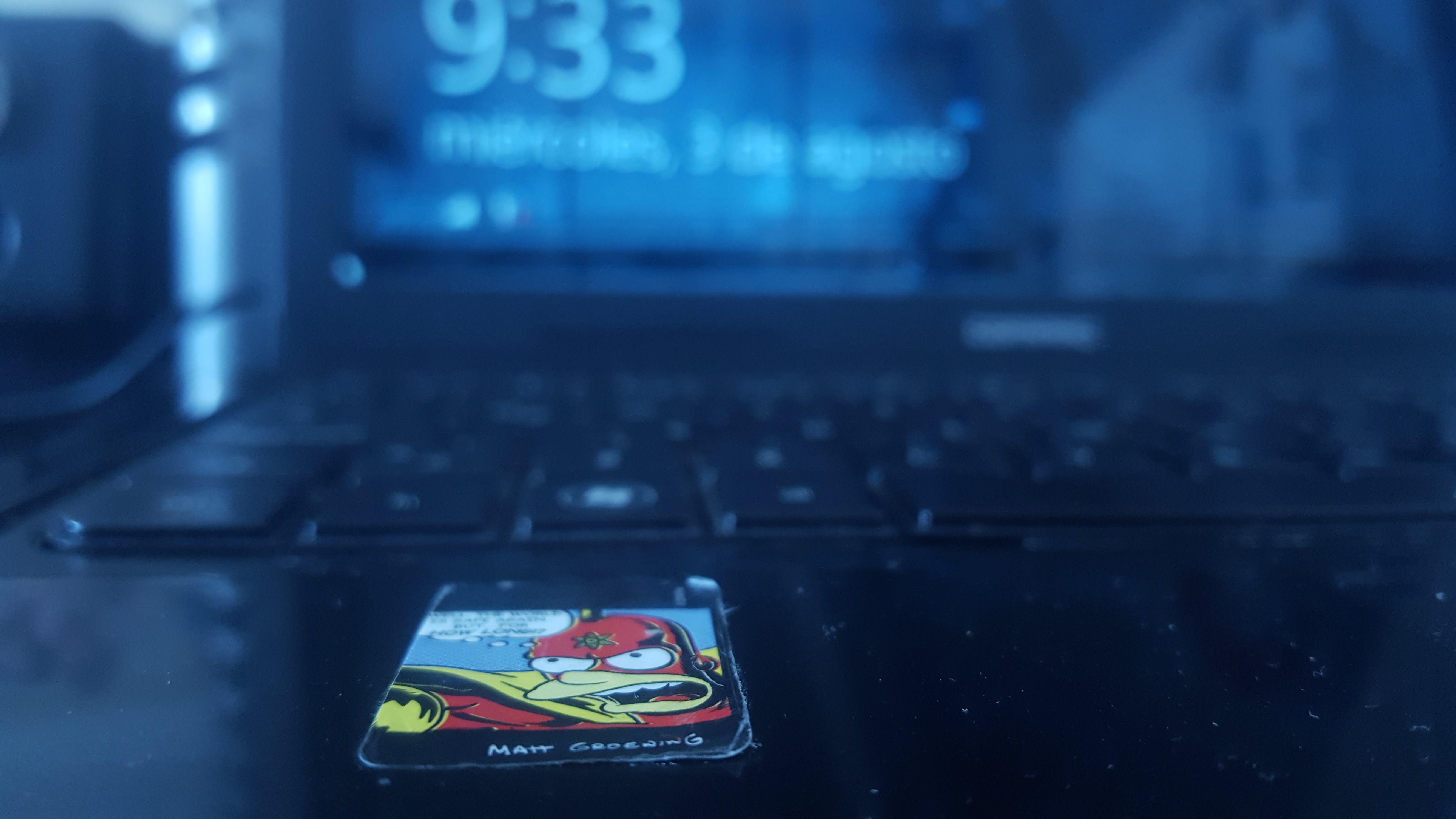 Darmowe zdjęcie z galerii z ekran, elektronika, gadżet, klawiatura