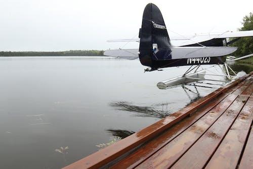 Ilmainen kuvapankkikuva tunnisteilla alaska, bushplane, floatplane, heijastus