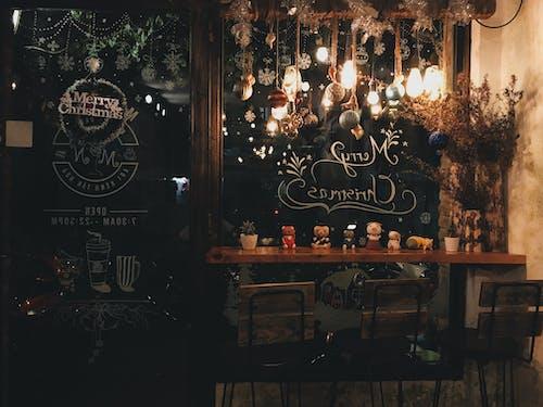 Imagine de stoc gratuită din aspect, bar, becuri, decorațiuni