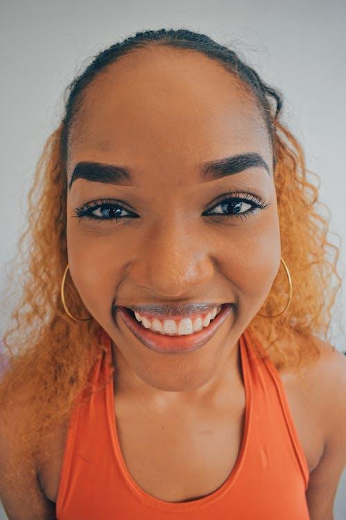 hampaat, hymy, muotokuva