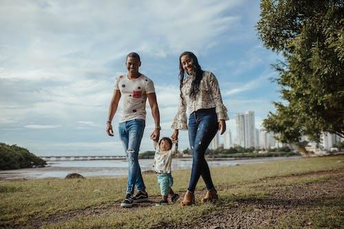 Gratis arkivbilde med afrikansk-amerikanske mennesker, baby, barn, bedårende