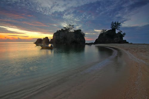 Küste Während Sonnenaufgang Foto