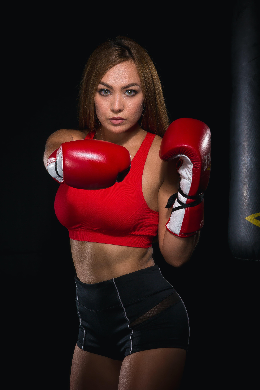 Free stock photo of boxing, boxing gloves, female boxer, female model