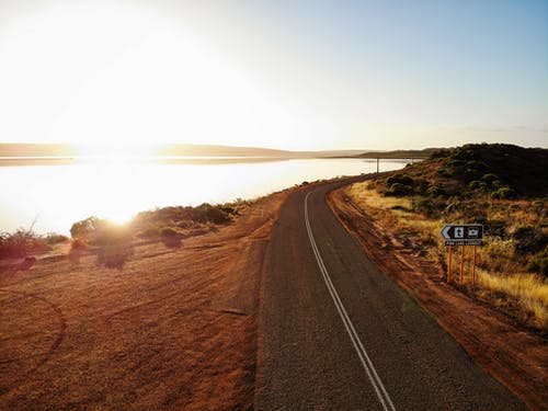 Immagine gratuita di alba, australia, fotografia aerea, strada sinuosa