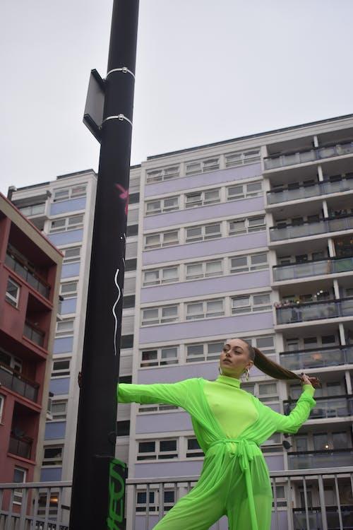 ストリートアート, ストリート写真, ダンス, ネオンの無料の写真素材