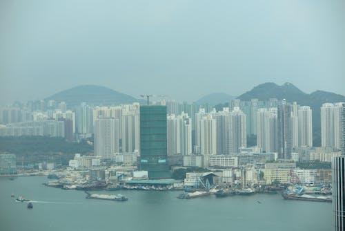 Immagine gratuita di acqua, centro città, città, edifici