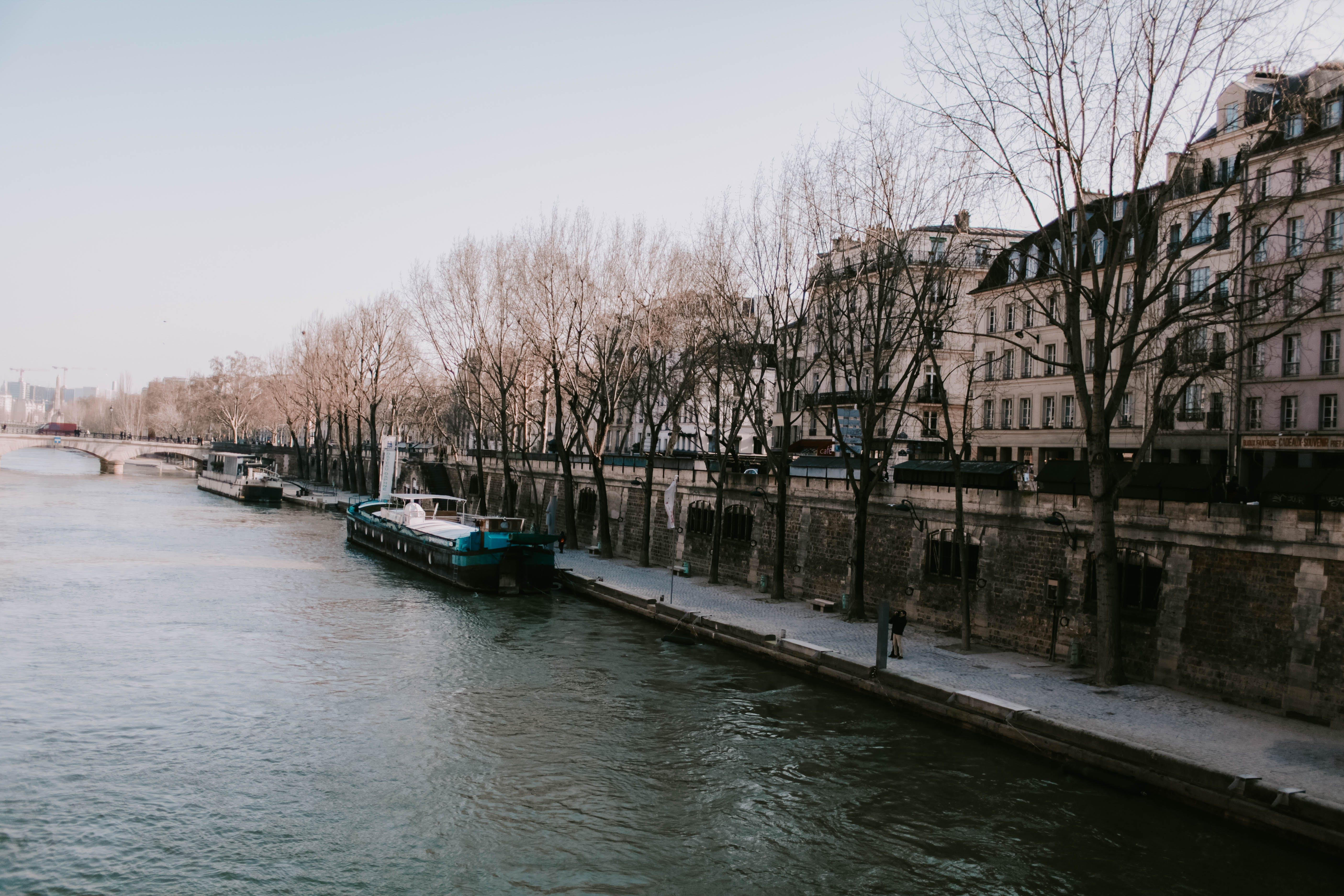 강가, 건물, 건축, 경치의 무료 스톡 사진