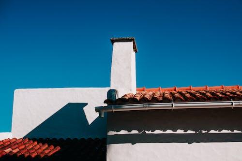 Бесплатное стоковое фото с архитектура, голубое небо, город, дневной свет