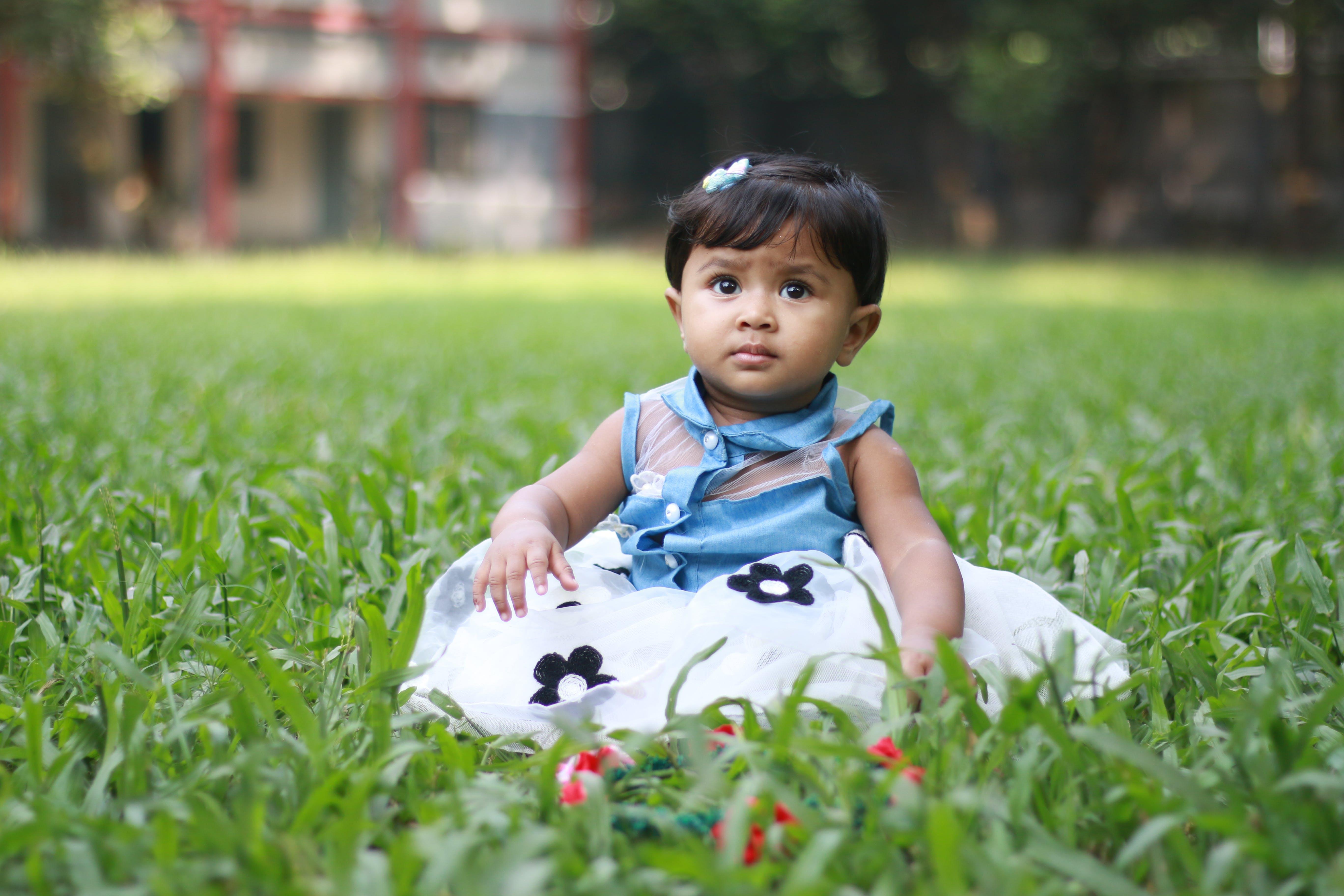 Imagine de stoc gratuită din adâncime de câmp, adorabil, bebeluș, câmp