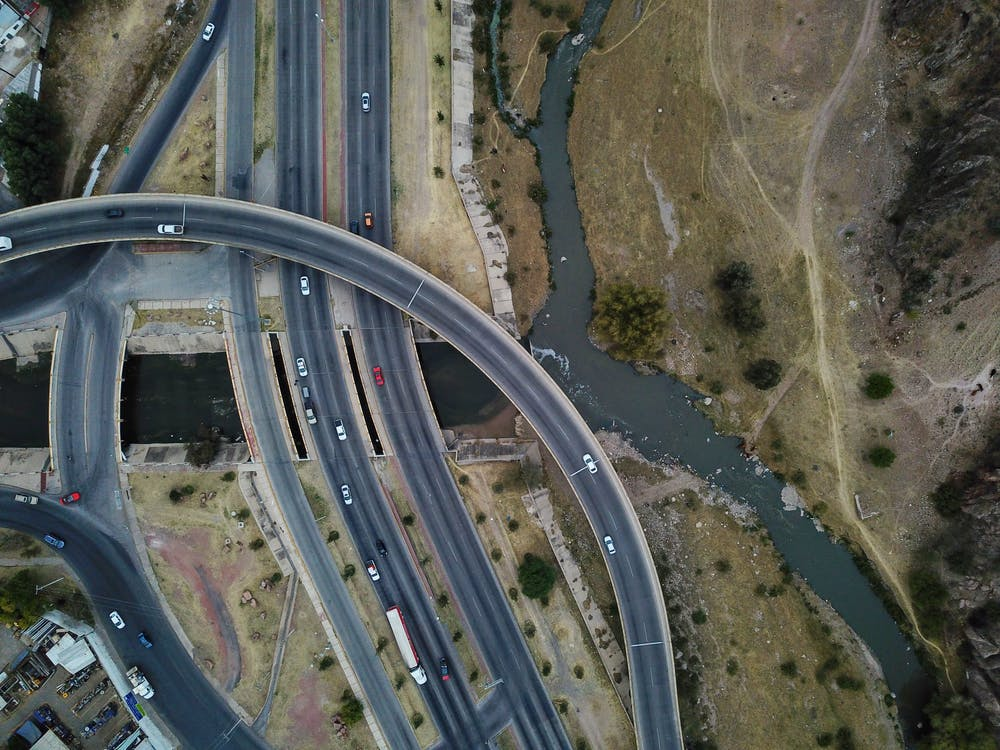 autók, drónfelvétel, építészet