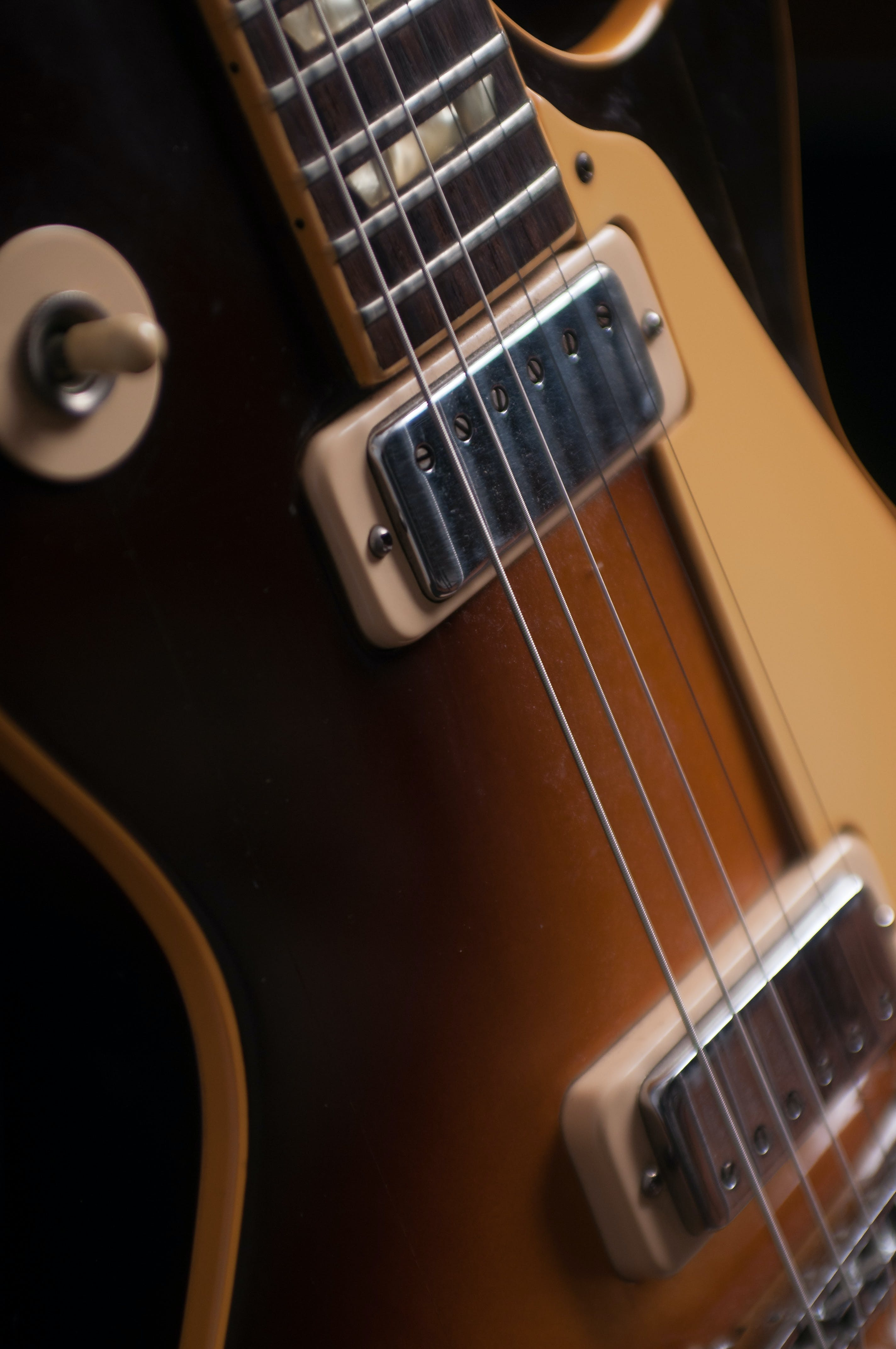 Free stock photo of guitar, Les paul 72 deluxe