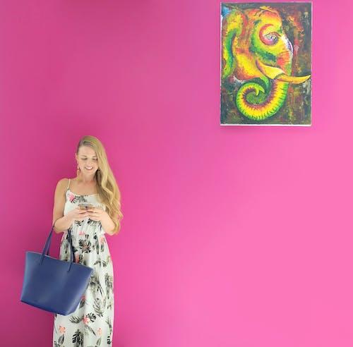 Kostenloses Stock Foto zu attraktiv, blondes haar, dame, elegant
