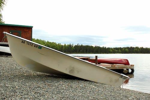 Ilmainen kuvapankkikuva tunnisteilla lomalla, rentoutuminen, soutuvene, vene