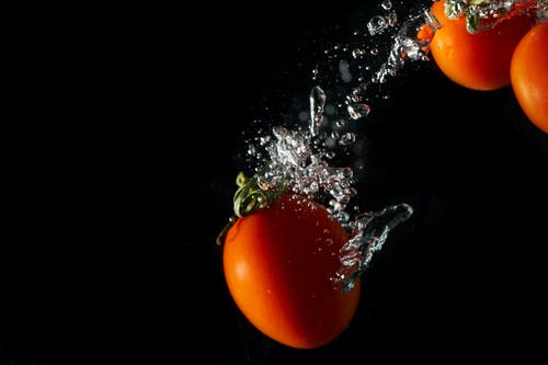 Photo of Tomatoes Underwater
