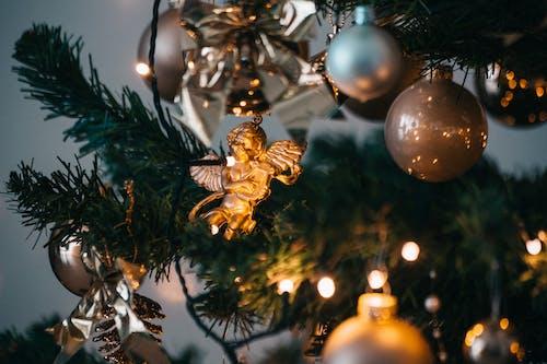 Δωρεάν στοκ φωτογραφιών με γιορτή, κρέμασμα, Χριστούγεννα, χριστουγεννιάτικα διακοσμητικά