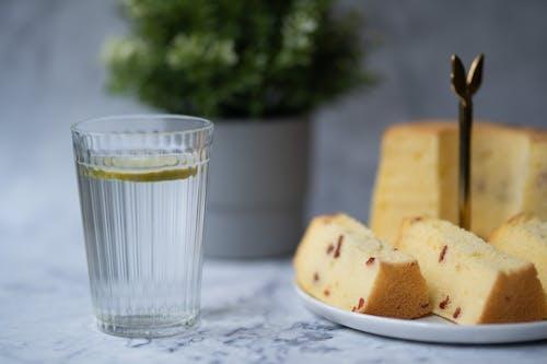 Foto profissional grátis de alimento, bebida, bolo, chiffon