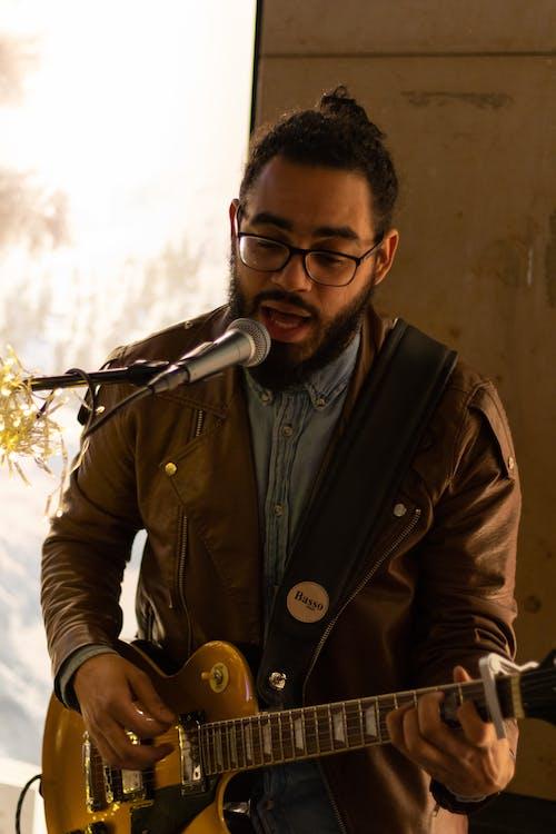 Free stock photo of busking, singer, singing