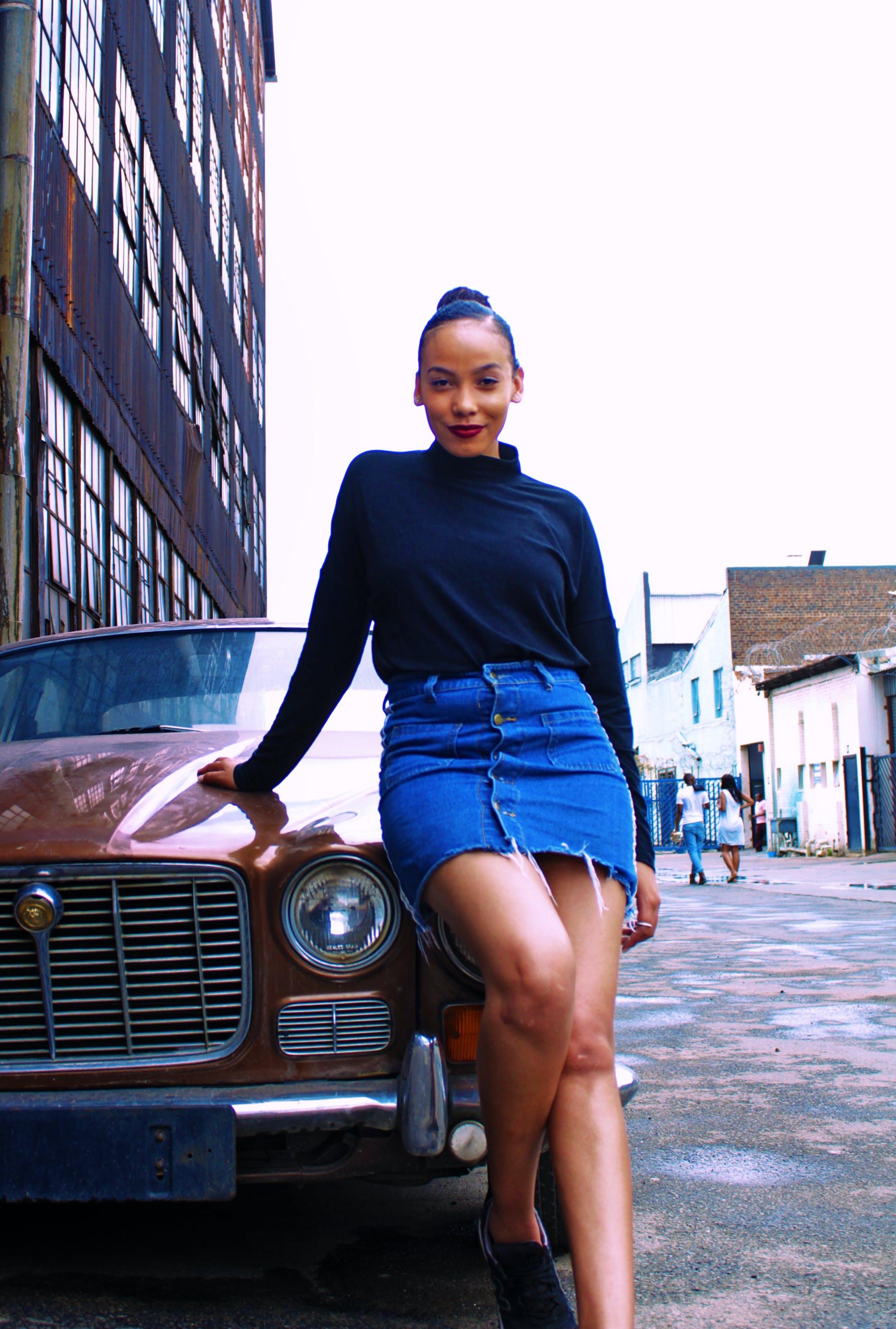 Foto d'estoc gratuïta de adult, bonic, cotxe, dama