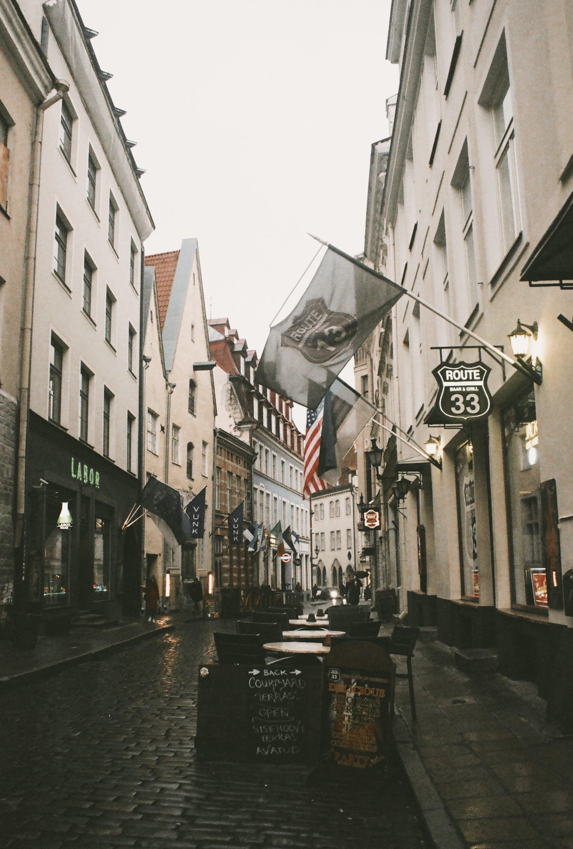 Fotobanka sbezplatnými fotkami na tému architektúra, budovy, cestovný ruch, chodník