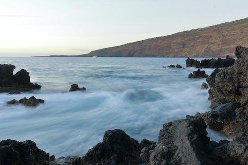 Ilmainen kuvapankkikuva tunnisteilla aallot, maisema, pitkä valotusaika, valtameri