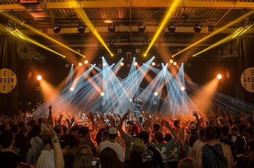 Foto stok gratis festival, hadirin, kerumunan orang, kinerja