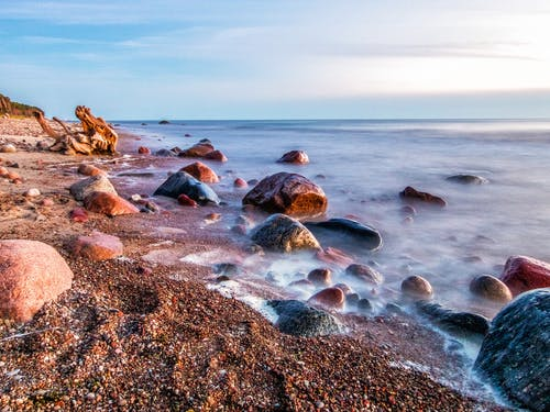 Photos gratuites de bord de mer, cailloux, mer, nature